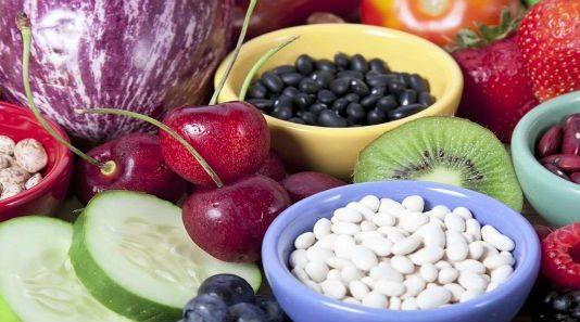कैसे प्रकृतिक आहार से रहें स्वस्थ शुद्ध पोषक और ताजा भोजन
